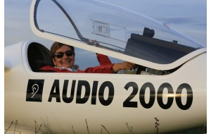 Jutta Sturm, championne de France de planeur sponsorisée par Audio 2000