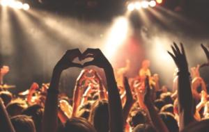 La Fondation pour l'audition soutient la conception d'aires de pauses auditives dans les festivals
