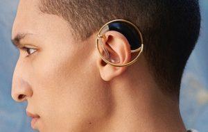 Le premier Grand prix du design inclusif attribué à des bijoux d'aides auditives