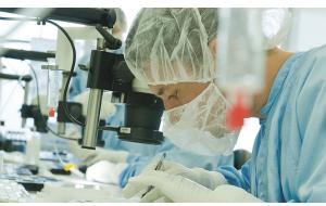 Med-El acquiert la technologie Adjoin, solution de conduction osseuse non implantable
