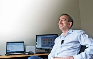 Cochlear lance les premiers accessoires sans fil pour implants cochléaires.