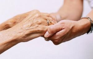 La Mutualité réservée sur les contrats labellisés pour les seniors