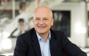 L. Braunschweiler, PDG de Sonova : « il est important pour nous d'avoir nos propres magasins »
